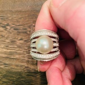 Stunning huge pearl and Cz ring size 7
